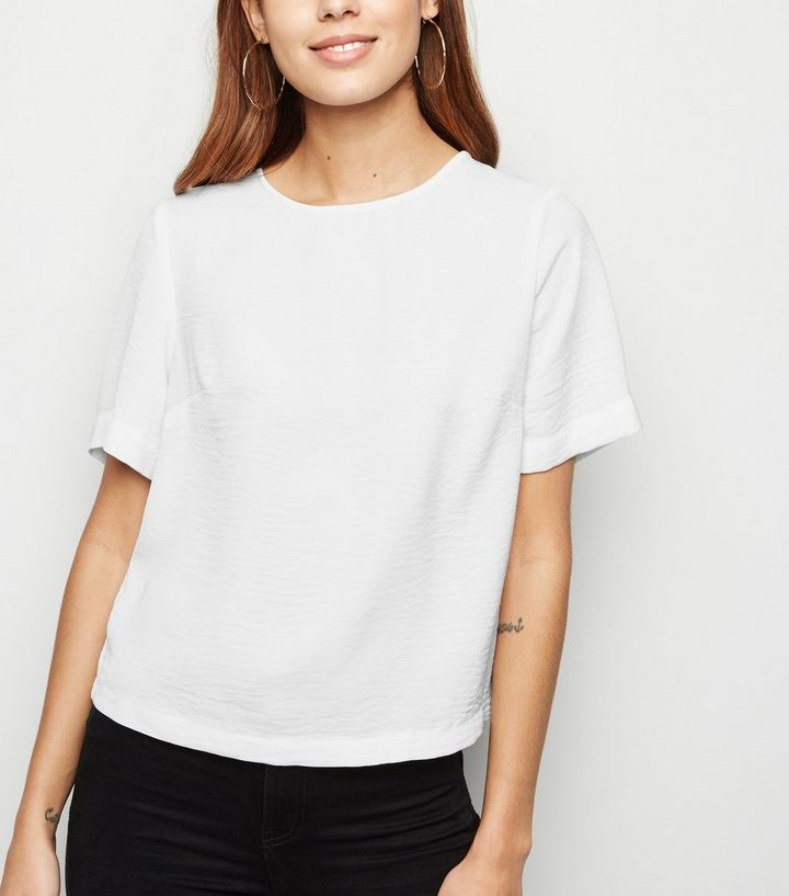 791f7100 White Button Back Boxy T-Shirt | New Look