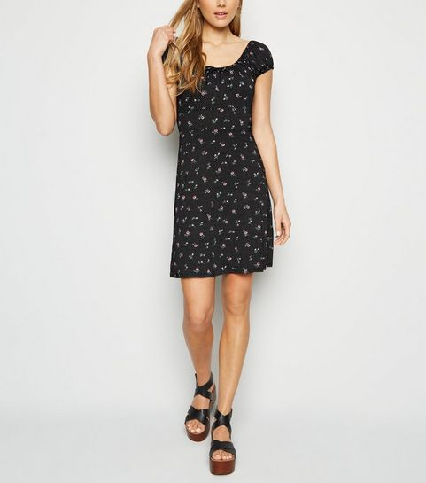 3fd443e2172 ... Black Ditsy Floral Spot Print Milkmaid Dress ...