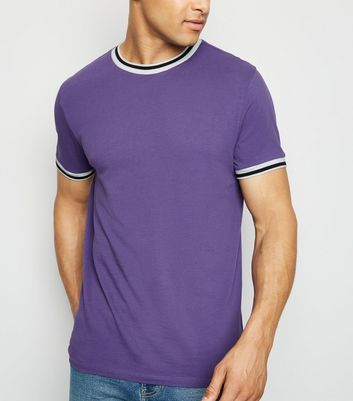 Violettes Pikee-T-Shirt mit Paspelierung