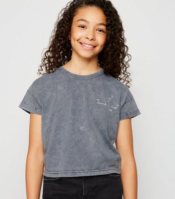 "Girls – Graues T-Shirt in Acid-Waschung mit ""Thank U Next""-Slogan"