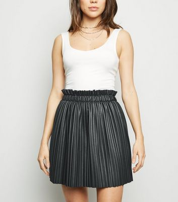 Cameo Rose Black Leather-Look Pleated Skirt