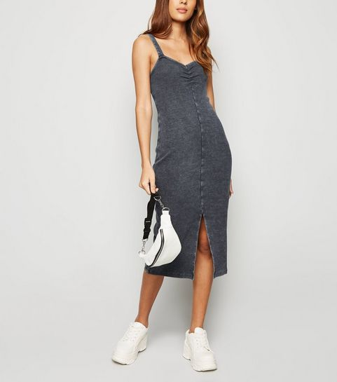 603ad2d0ef55 ... Dark Grey Acid Wash Ruched Midi Dress ...