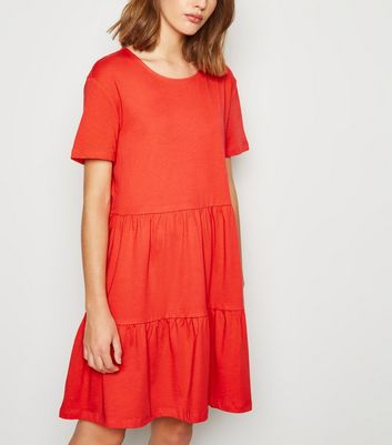 Red Short Sleeve Smock Dress