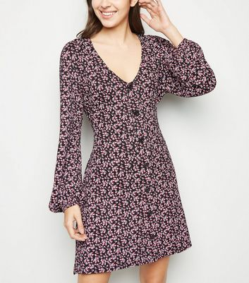 Cameo Rose Black Floral Long Sleeve Dress