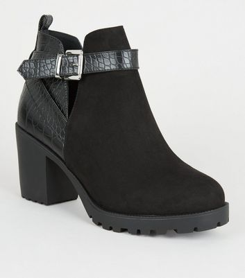 ceb39d272ca36 Wide Fit Black Faux Croc Panel Ankle Boots | New Look
