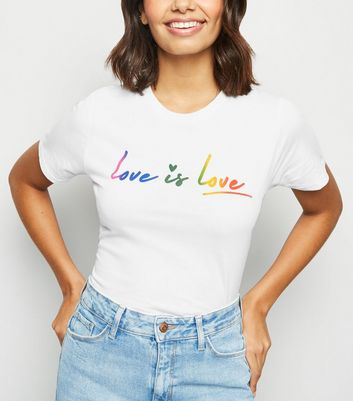 "Weißes T-Shirt mit ""Love Is Love""-Slogan in Regenbogen-Optik"