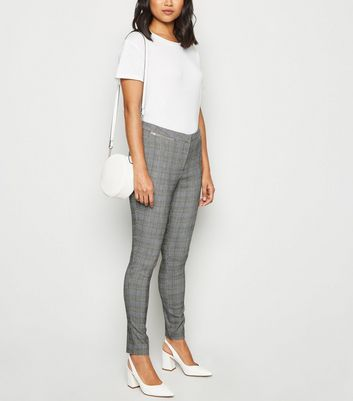 Petite Light Grey Check Slim Fit Trousers by New Look
