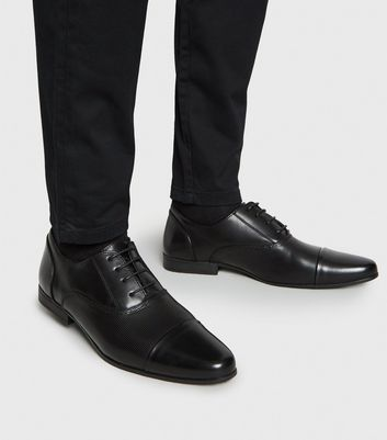 Black Embossed Formal Shoes | New Look