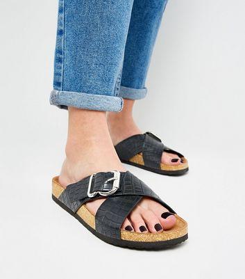 Black Faux Croc Footbed Sliders   New Look