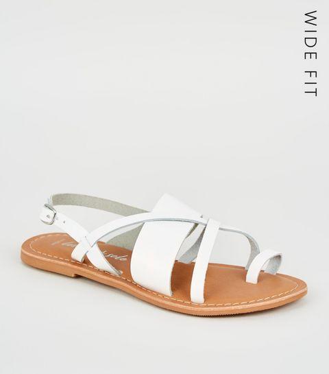 8502132f2 Flat Sandals | Toe Post & Footbed Sandals | New Look