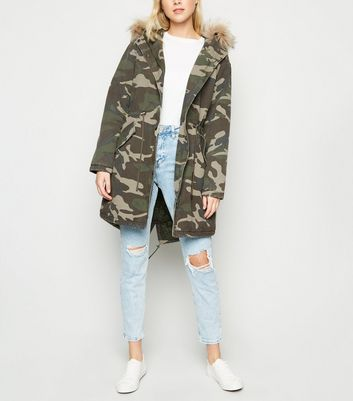 Green Camo Faux Fur Trim Hooded Parka