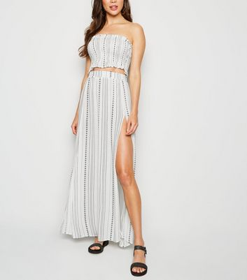 White Stripe Tile Side Split Beach Maxi Skirt