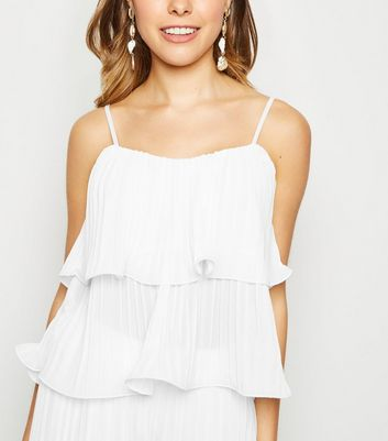 Cameo Rose White Pleated Tiered Hem Top