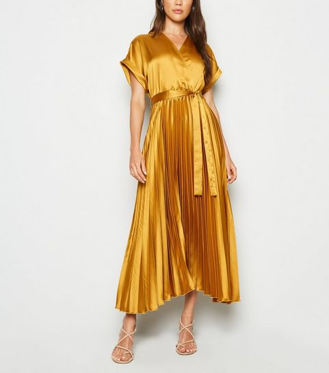 c545eea2e974 ... Mustard Satin Pleated Midi Dress ...