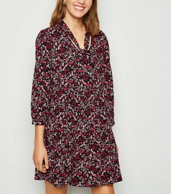Black Ditsy Floral Tie Neck Smock Dress by New Look