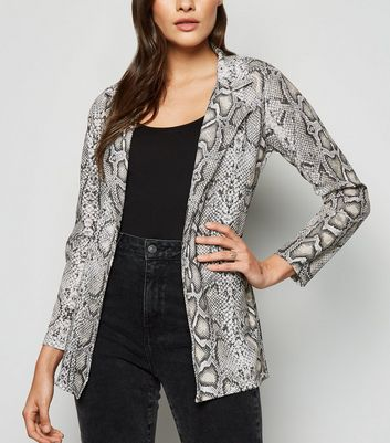 Urban Bliss Light Grey Snake Print Blazer