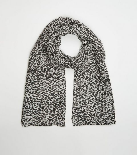 fd53ced3c Women's Scarves | Lightweight & Leopard Print Scarves | New Look