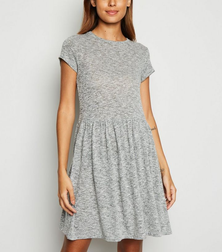 Robe Patineuse Gris Chine New Look