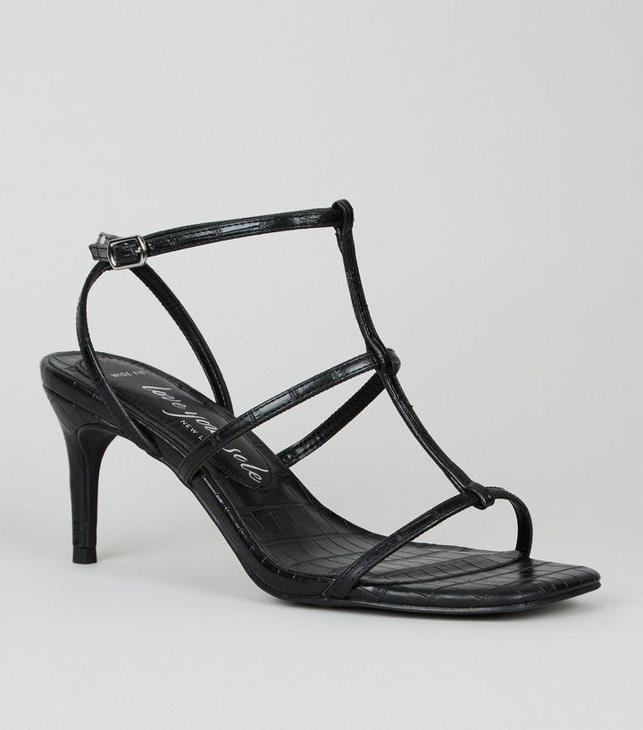 Wide Fit Schwarze Sandalen In Kroko Optik Mit Stiletto Absatz Und Riemchen New Look