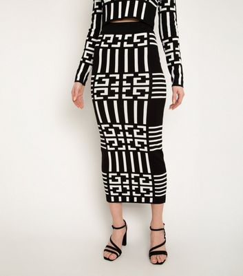 Port Boutique Black Geometric Print Knitted Skirt New Look