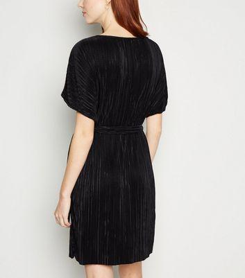 Apricot Black Plissé Batwing Belted Dress New Look