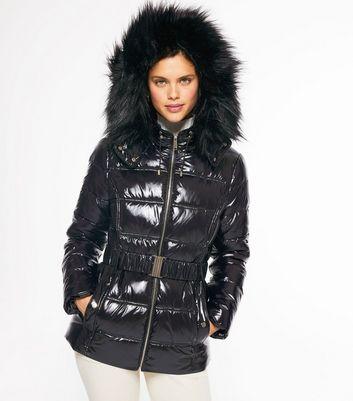 Black Hooded Wet Look Puffer Jacket Für später speichern Von gespeicherten Artikeln entfernen