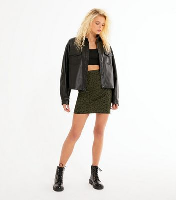 Click to view product details and reviews for Dark Green Jacquard Leopard Mini Tube Skirt New Look.